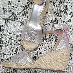 Vince Camuto silver wedge sandals New 8